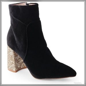 Betsy Johnson ✨ Glitter Heel Boots ✨